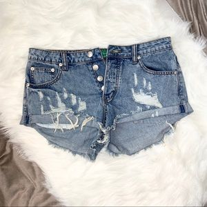 Signature 8 distressed high rise cuffed jean short